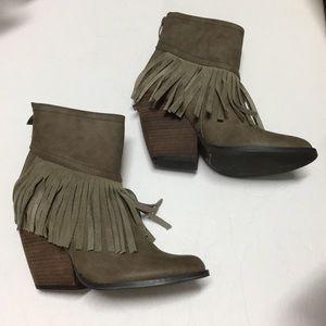 VERY VOLATiLE LA Khloe Taupe fringe bootie boots